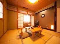 【和室6~8畳】 こころ落ち着く和室です。全室ウォシュレット付トイレです。