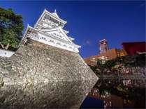 ユタカホテルから小倉城まで歩いて15分、お散歩がてらにいってらっしゃいませ♪