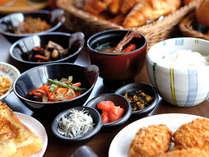 ■ご朝食/和食派の方にも嬉しい和惣菜が充実しています。