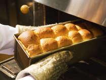 """■パン工房■ 人気の""""自家製豆乳パン"""" 焼きたてを朝食バイキンでご用意♪"""