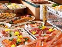 【夕食バイキング】地元食材や季節の旬を取り入れた内容です♪