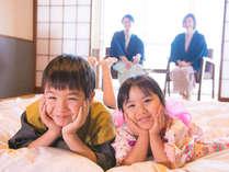 ◆家族みんなで温泉旅行♪お子様の笑顔満開♪かわいい色浴衣を着てキッズスペースで遊ぼう♪