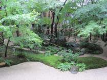 日本庭園専門誌で、12年連続庭園日本一に選ばれた庭園「足立美術館」