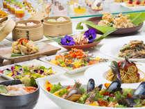 ワールドビュッフェ/日本、イタリアン、フレンチ、アジア料理など世界各国のディナーをお楽しみ下さい。