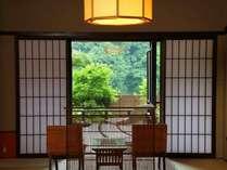 長瀞渓谷を一望できる!露天風呂付客室からの眺め