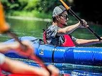 一人で漕ぐならパックラフト!荒川でリバースポーツ体験を楽しむ♪