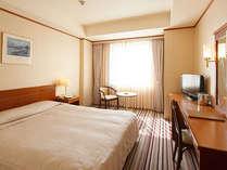 ダブルルーム一例◇全室リバービューの部屋タイプですので景観は最高!1名様からご利用いただけます。