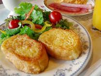 【朝食バイキング】人気メニュー『フレンチトースト』