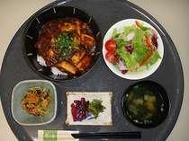 1泊2食付きプラン限定!『麻婆豆腐丼セット』♪