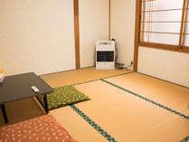 民家を改装した別館の和室です。