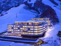 ゲレンデ直結!ホテルを出たら目の前はスキー場!