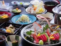 質も量もちょうどいい!!「氷見満喫10品コース」お魚処氷見のいろいろな旬を満喫できるお食事です。
