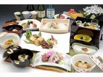 月替特撰京会席『清滝』趣向を凝らした京料理の数々。くに荘定番コース