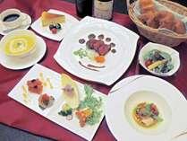 洋風料理 牛フィレ肉と魚料理が付いた本格的な洋風会席です