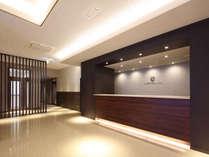 ●ホテルフロント ようこそ、ニュー松任ターミナルホテルへ。