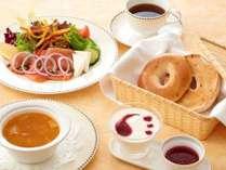【朝食】ルームサービスご朝食 プラン限定メニュー ~ボディリフレッシュ~ 洋食(イメージ)