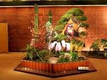 【別館1階】正面ロビー お正月 お迎えの花