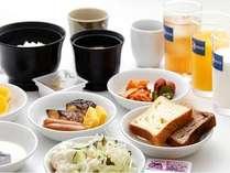 朝食はバイキング♪写真は一例です。