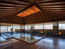 殿方展望大浴場ではジェットバスもあり、日頃の体をリフレッシュ