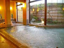 ◆大浴場【木の湯】◆8つの効能効果があることで知られる薬石【光明石】を利用した準天然温泉です。