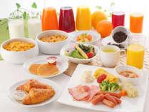 和洋それぞれ季節毎にメニューもアレンジ。郷土の味、旬の味覚で元気になれる朝食をお楽しみください。