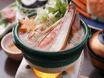 ■■夕食例■■ 【蟹鍋】 味わい深い蟹の旨みが溢れます♪