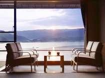 ★★客室より★★ 一部客室からは朝陽がと一緒にお目覚め。
