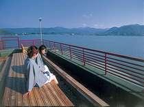 ▲▽足湯▽▲  湖上温泉の屋上にある足湯からは東郷湖が見渡せます!