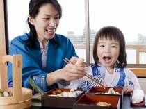 ★屋形船★【はわい小町】お食事風景。お子様も大満足♪