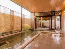 【天空の湯】檜の香る大浴場。(男湯)