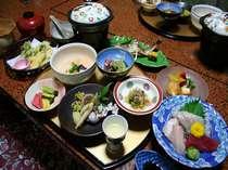 4月全料理、食材の関係で日によって献立が変わります