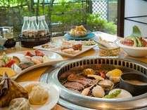 ■お食事処 華厳(けごん)■中華ビュッフェの他に網焼きメニューも有。