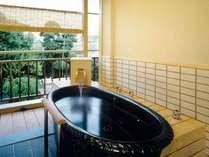 露天風呂付き和洋室露天風呂の画像