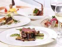 旬の食材を最適な調理法で仕上げるフレンチコース一例