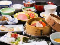 【ご朝食】気持ちの良い朝は朝食から♪絶品玉子と地元の素材を使った料理でステキな一日の始まりを♪