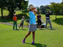 【ゴルフ】お子様もナイスショット☆パパが先生になれるかも!