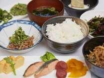 料理長手作り朝食営業時間6:30~9:00レストラン「桜」にて(イメージ)