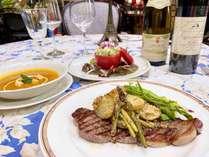 女性シェフが作るディナーは女性のお客様から高く支持され、特に軽井沢産の地物野菜の評判は◎!