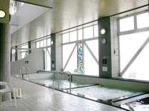 【温泉大浴場】15:00~翌朝8:00※22:00~サウナ・泡風呂・打たせ湯はご利用頂けません。