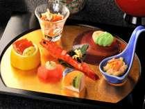 お料理のイメージになります。四季折々に旬の食材を使用して見ても楽しめる内容です♪