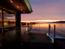 2012年4月21日新設の夕景の美しい絶景露天風呂