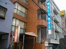 東京駅から直通約30分・蕨駅徒歩2分・朝食【おにぎり他】無料!