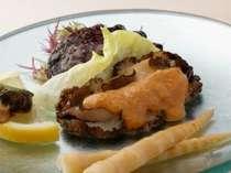 蝦夷アワビ料理例…地元江差ならではの素材を活かした料理