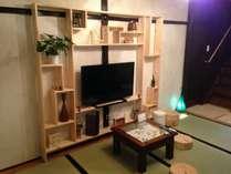 東館・和室。40型TV設置。