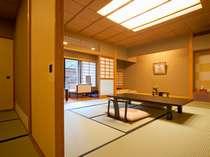 客室一例「葵の間」本格数寄屋造りの趣きは、すべてが異なるお部屋となっております。