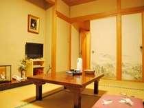 ゆったり落ち着く和室。