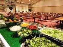朝食一例(バイキング)恵まれた地域で育った高原野菜はおいしい!と好評