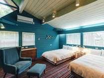 【2019年7月リニューアル】コベントガーデン:美しいグリーンブルーの洋室