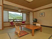 北アルプス側の和室。雄大な北アルプスの景色がお部屋からもお楽しみいただけます♪