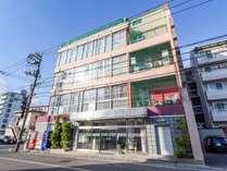 *JR松永駅から徒歩1分☆福山と尾道の中間地点にある当館。